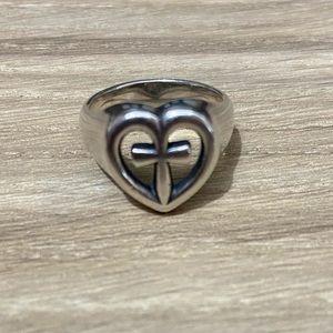 Retired James Avery Eternal Love Ring